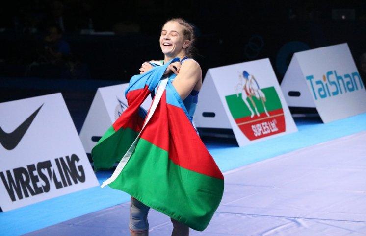 Mariya Stadnik dünya çempionu oldu! (FOTOLAR)