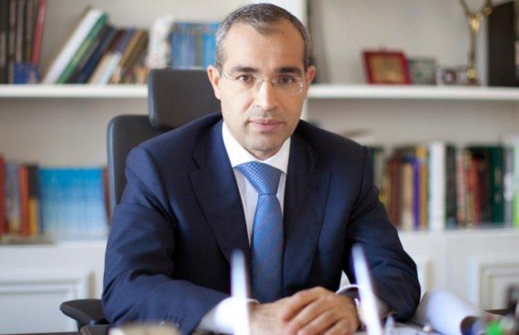 İlham Əliyev iki federasiyaya rəhbərlik edən prezidentə vəzifə verdi