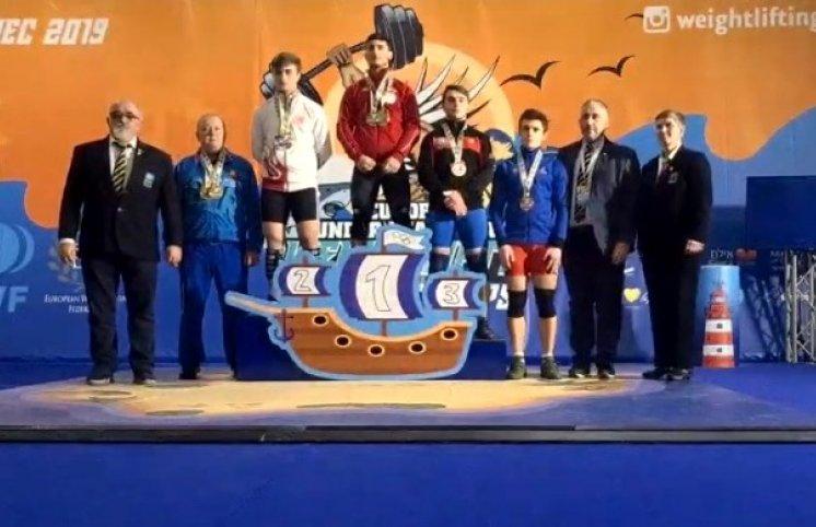 Atletimiz Avropa birinciliyində bürünc medal qazandı