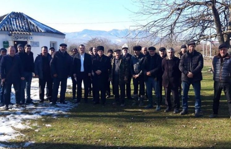 Tanınmış jurnalist İlkin Xəlilov seçicilərlə görüşlərə start verdi (FOTOLAR)