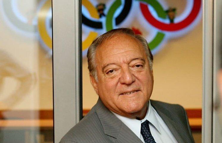 IWF prezidenti Azərbaycanın yarım milyonunu mənimsəyib
