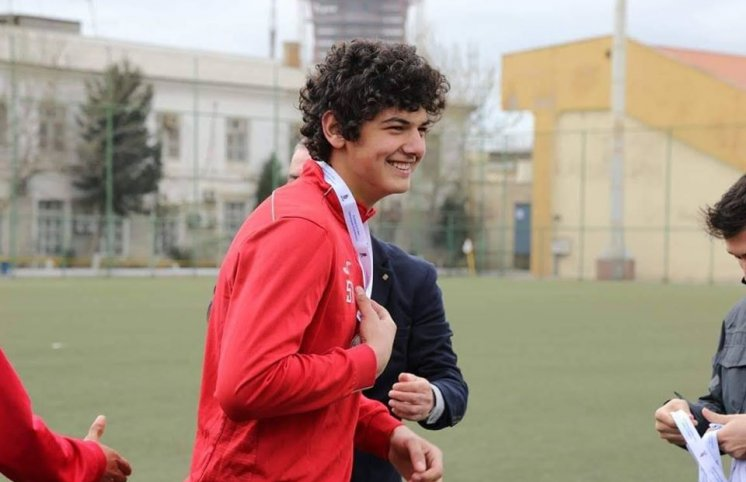 Azərbaycanda 17 yaşlı qapıçı karyerasını bitirdi: