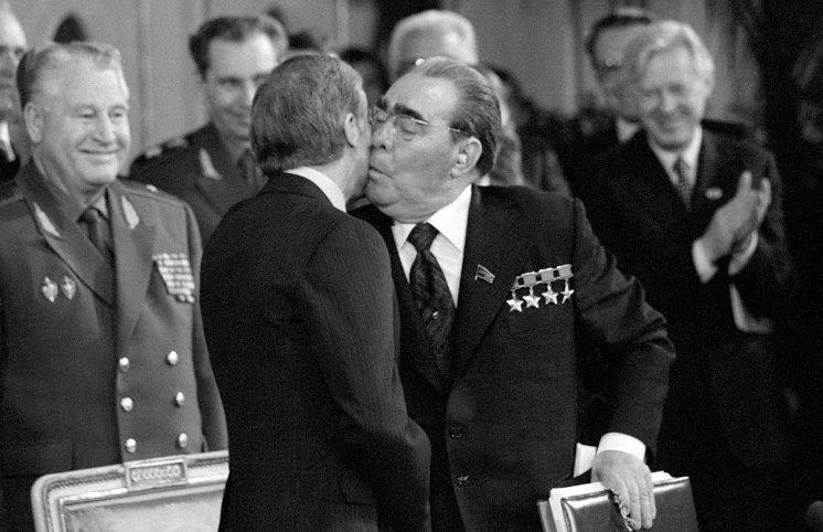 """De Byazi üçün tələm-tələsik toplanış, yaxud AFFA-nın """"Brejnev taktikası"""""""